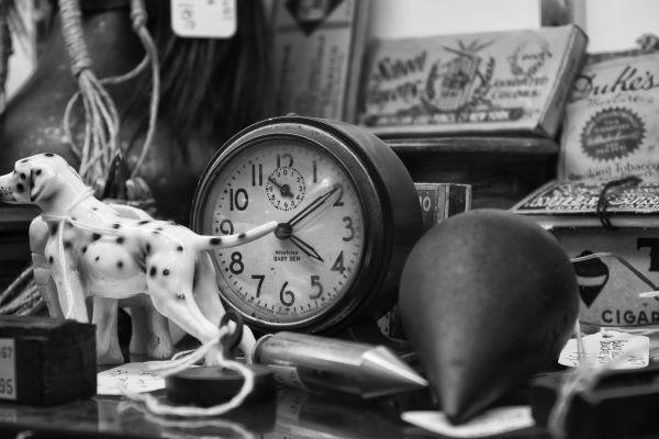 antique used goods