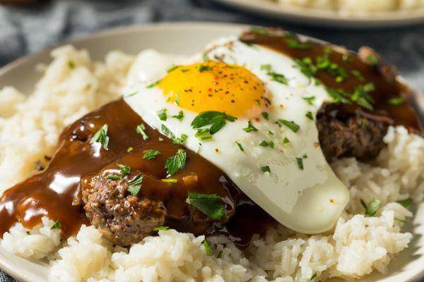 Hawaiian plate lunch loco moco
