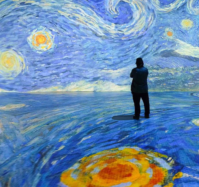 Beyond Van Gogh exhibit image - Starry Night