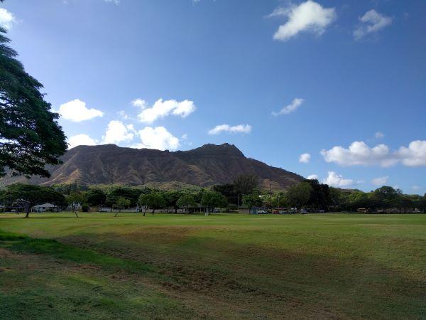 Queen Kapiʻolani Regional Park looking toward Diamond Head crater