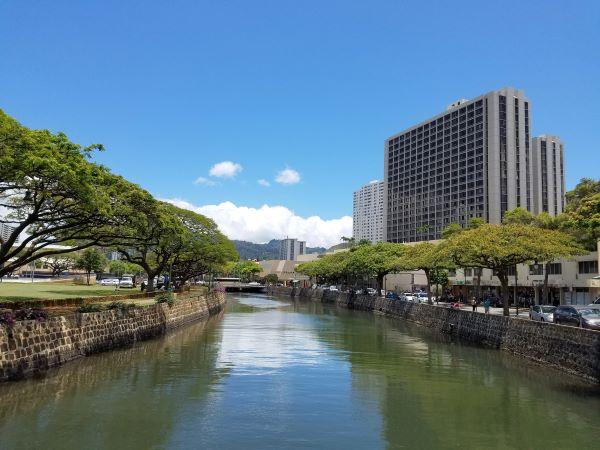 Nu'uanu stream along River Street border Honoluluʻs Chinatown