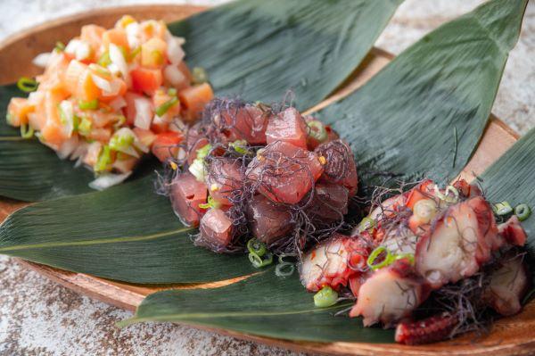 lomilomi salmon, tuna poke, tako poke