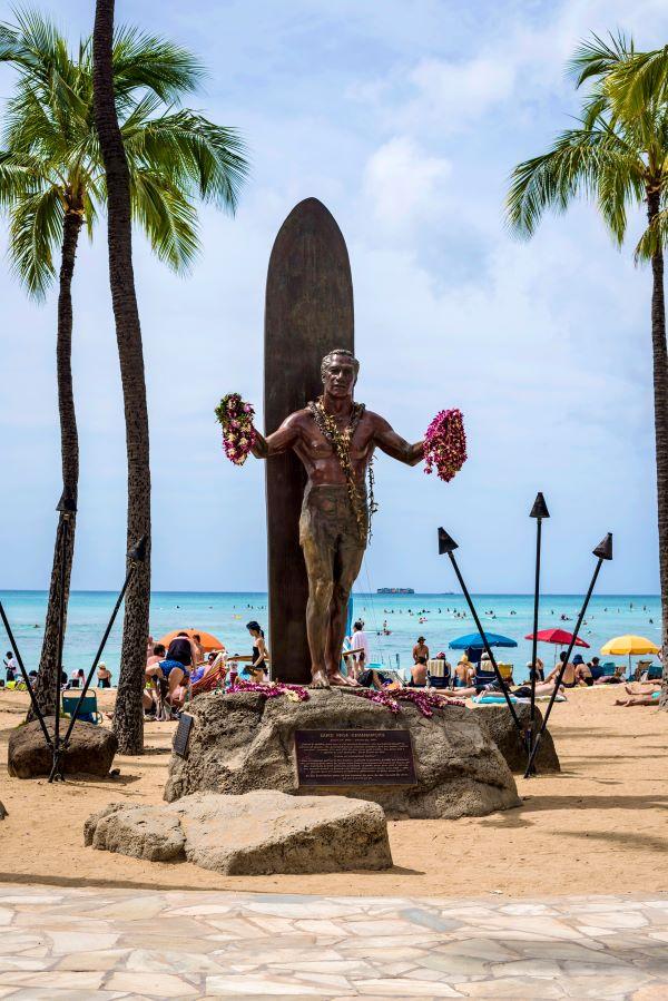 Statue of Duke Paoa Kahanamoku on Waikiki Beach